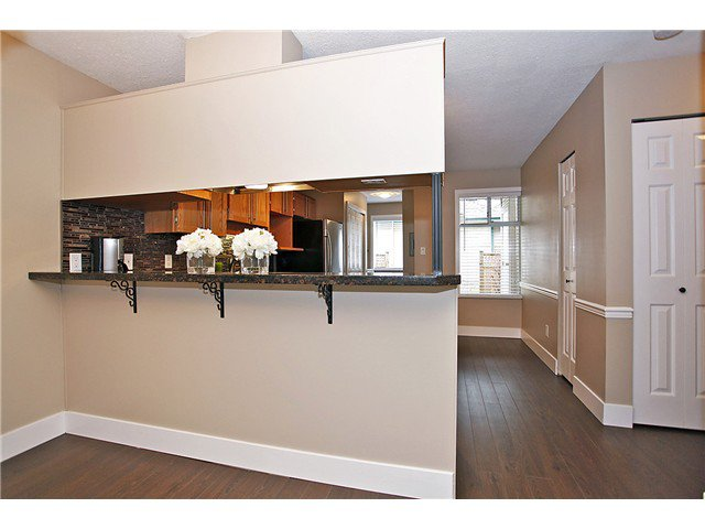 Photo 6: Photos: # 127 7837 120A ST in Surrey: West Newton Condo for sale : MLS®# F1403513