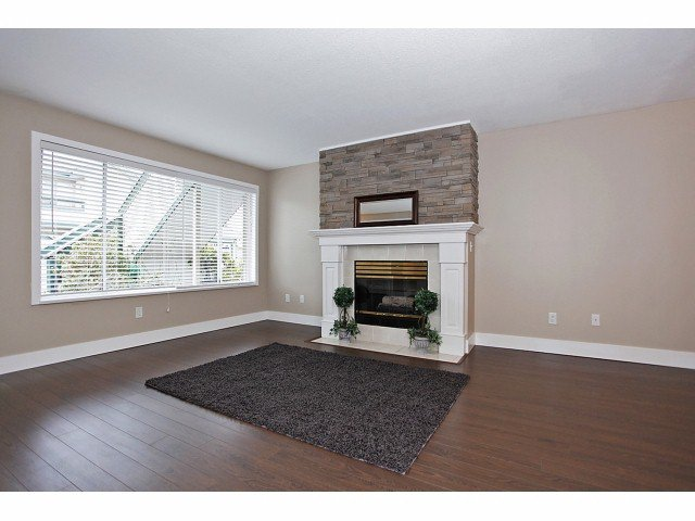Photo 2: Photos: # 127 7837 120A ST in Surrey: West Newton Condo for sale : MLS®# F1403513