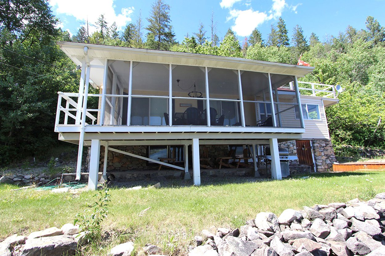 Photo 5: Photos: 6138 Lakeview Road: Chase House for sale (Shuswap)  : MLS®# 152025