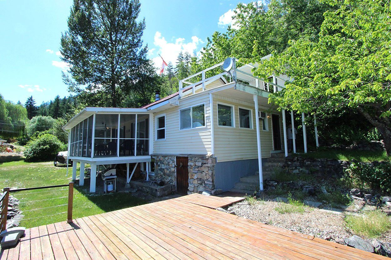 Photo 6: Photos: 6138 Lakeview Road: Chase House for sale (Shuswap)  : MLS®# 152025