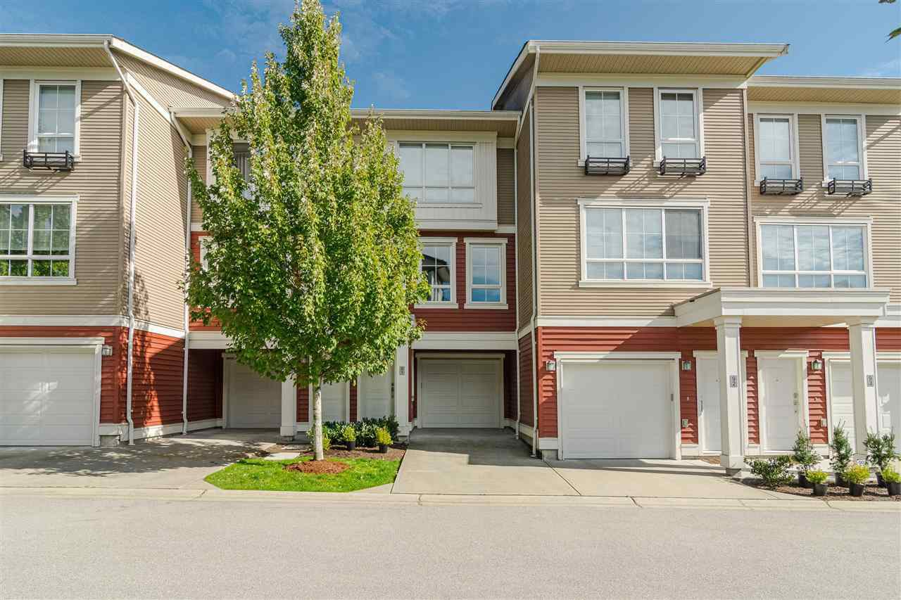"""Main Photo: 91 19505 68A Avenue in Surrey: Clayton Townhouse for sale in """"Clayton Rise"""" (Cloverdale)  : MLS®# R2408179"""