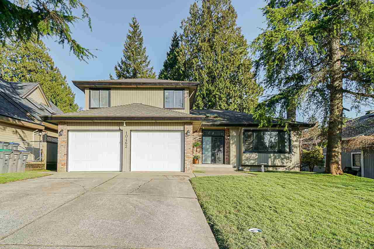 "Main Photo: 10462 FRASERGLEN Drive in Surrey: Fraser Heights House for sale in ""Fraser Glen"" (North Surrey)  : MLS®# R2437866"