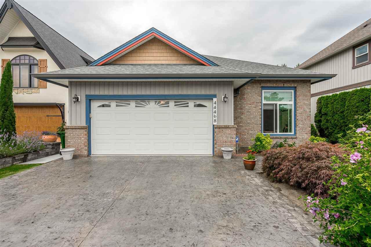 Main Photo: 44468 MCLAREN Drive in Chilliwack: Vedder S Watson-Promontory House for sale (Sardis)  : MLS®# R2479974