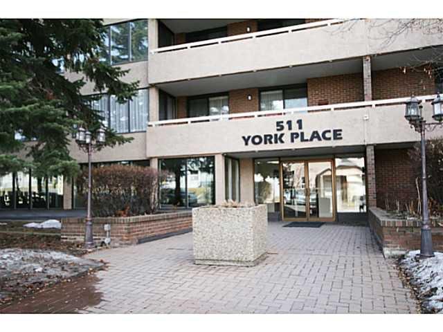 Main Photo: 401 511 56 Avenue SW in CALGARY: Windsor Park Condo for sale (Calgary)  : MLS®# C3561217
