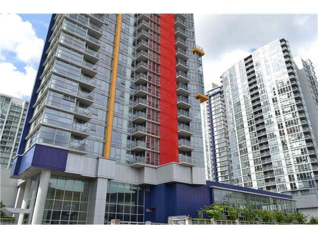 """Main Photo: 609 111 W GEORGIA Street in Vancouver: Downtown VW Condo for sale in """"SPECTRUM I"""" (Vancouver West)  : MLS®# V1016765"""