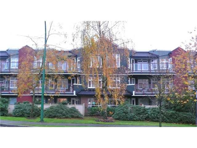 """Main Photo: 208 121 W 29TH Street in North Vancouver: Upper Lonsdale Condo for sale in """"SOMERSET GREEN"""" : MLS®# V1022848"""