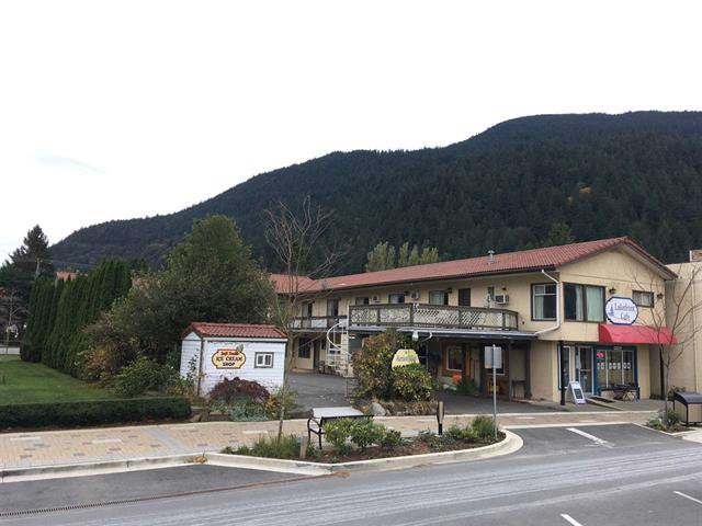 Main Photo: 280 Esplande Avenue in Harrison Hot Springs: Business with Property for sale : MLS®# C8015526