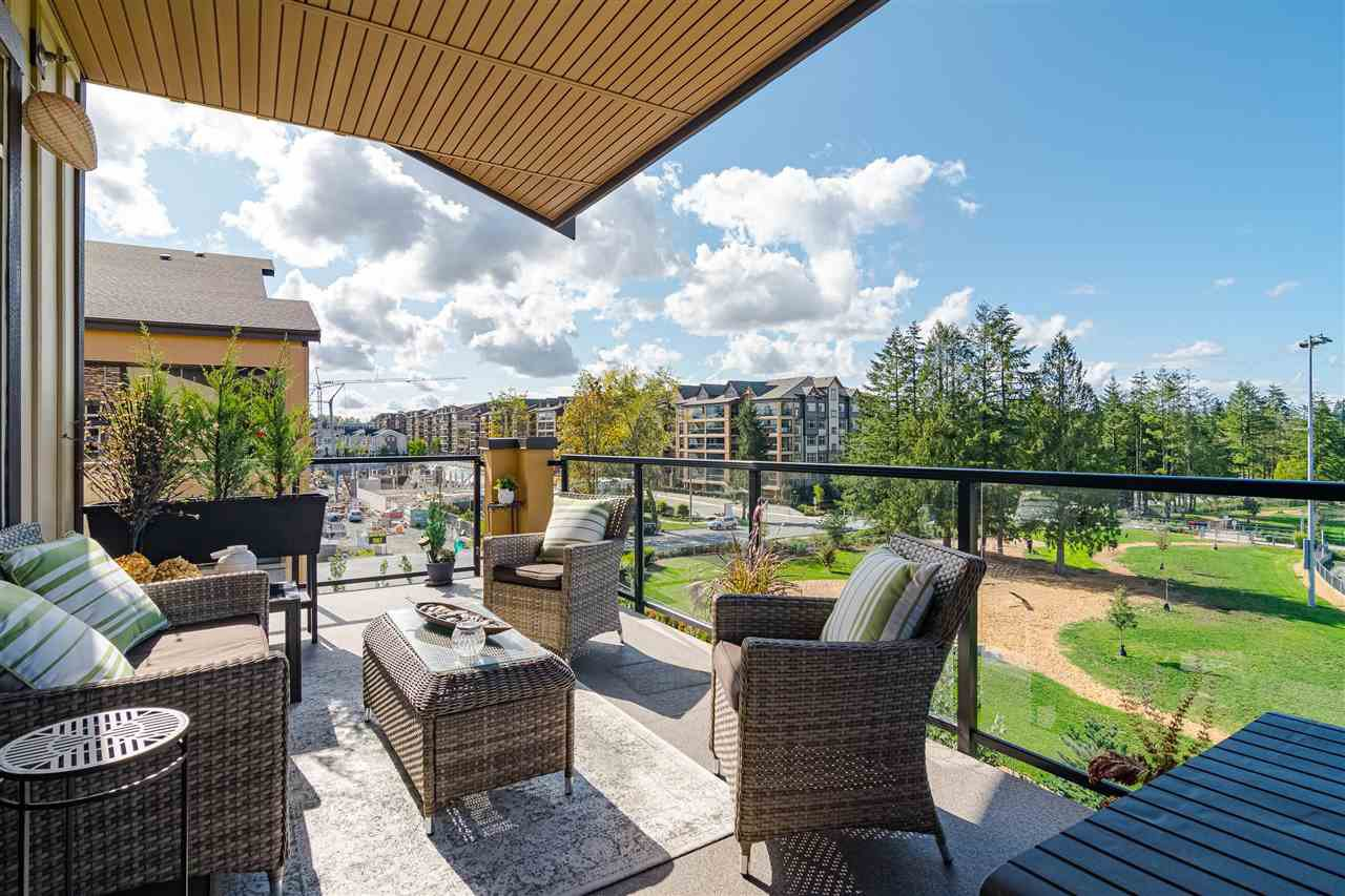"""Photo 3: Photos: 510 8258 207 A Street in Langley: Willoughby Heights Condo for sale in """"Yorkson"""" : MLS®# R2409634"""
