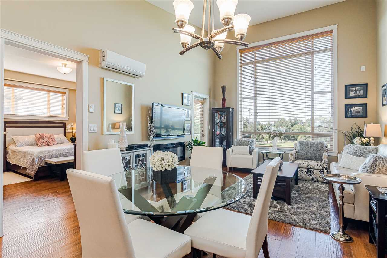 """Photo 7: Photos: 510 8258 207 A Street in Langley: Willoughby Heights Condo for sale in """"Yorkson"""" : MLS®# R2409634"""