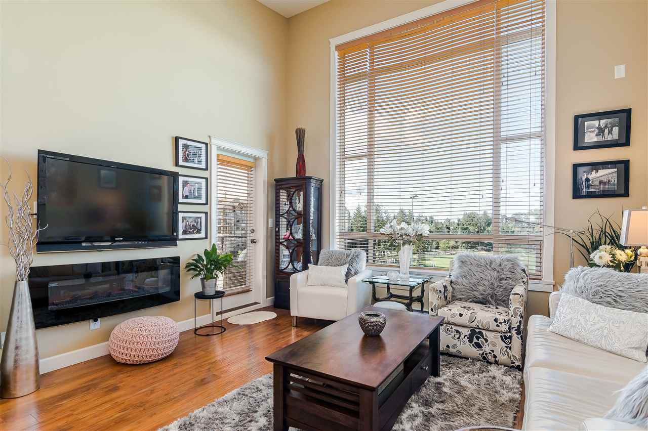 """Photo 5: Photos: 510 8258 207 A Street in Langley: Willoughby Heights Condo for sale in """"Yorkson"""" : MLS®# R2409634"""