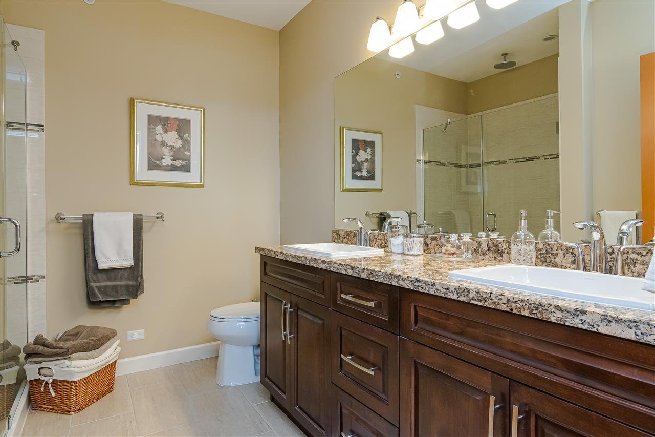 """Photo 16: Photos: 510 8258 207 A Street in Langley: Willoughby Heights Condo for sale in """"Yorkson"""" : MLS®# R2409634"""