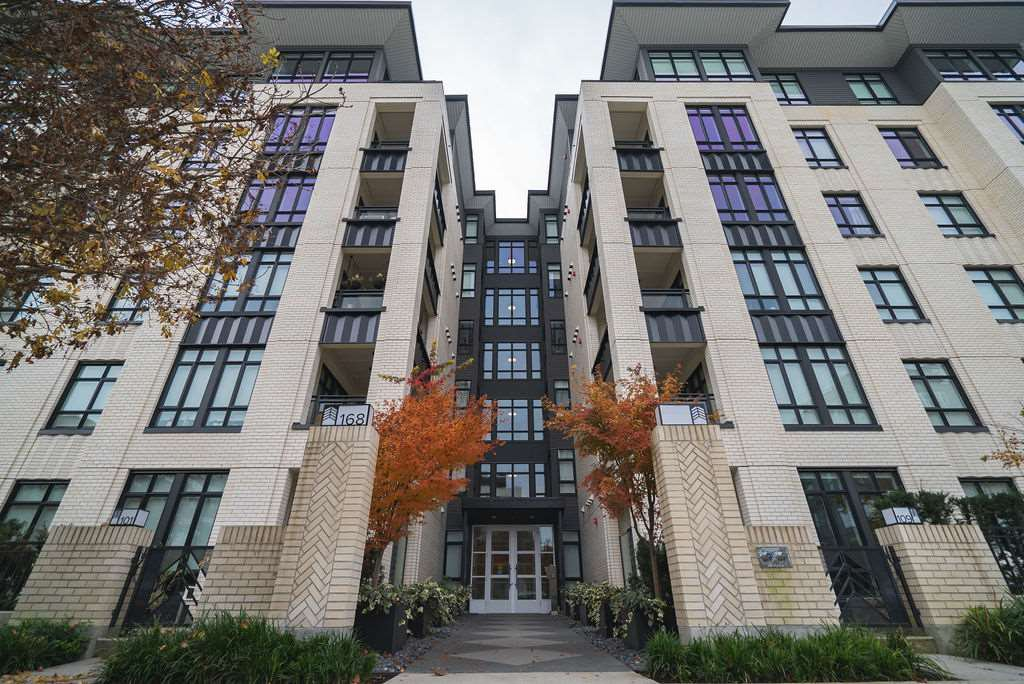 Main Photo: 506 168 E 35TH AVENUE in Vancouver: Main Condo for sale (Vancouver East)  : MLS®# R2428778