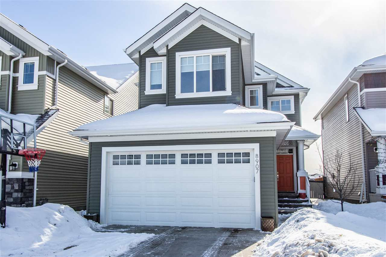 Main Photo: 8907 24 Avenue in Edmonton: Zone 53 House for sale : MLS®# E4190957