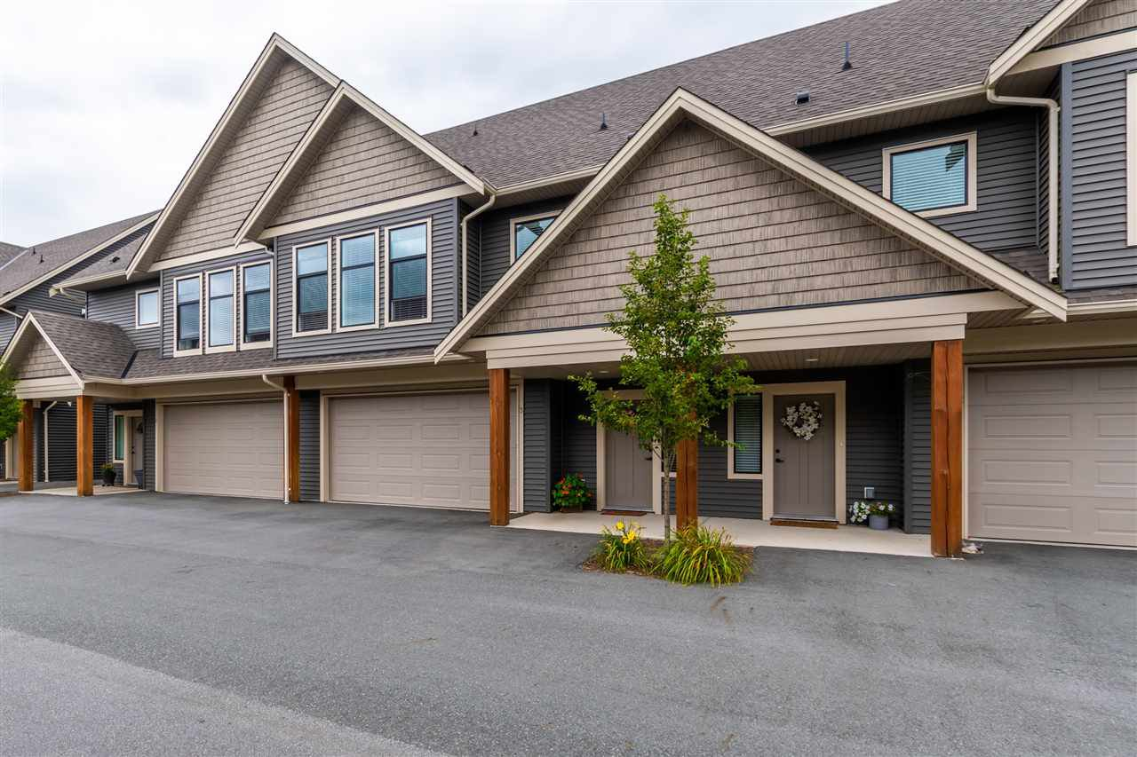 "Main Photo: 3 7435 MORROW Road: Agassiz Townhouse for sale in ""The Sullivan"" : MLS®# R2478939"