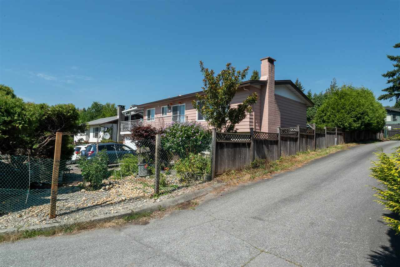 Main Photo: 703 QUADLING Avenue in Coquitlam: Coquitlam West House for sale : MLS®# R2508893