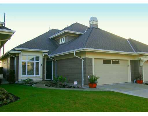 """Main Photo: 5300 ADMIRAL Way in Ladner: Neilsen Grove Townhouse for sale in """"WOODWARD LANDING"""" : MLS®# V628746"""