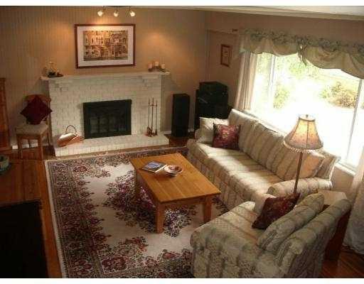 Main Photo: 9471 CHAPMOND CR in Richmond: Seafair House for sale : MLS®# V609036