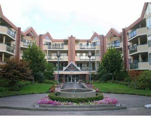 Main Photo: 8611 ACKROYD Road in Richmond: Brighouse Condo for sale : MLS®# V614081