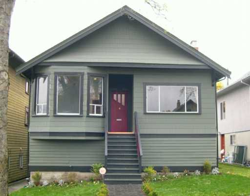 """Main Photo: 1935 GRANT Street in Vancouver: Grandview VE House for sale in """"COMMERCIAL DRIVE"""" (Vancouver East)  : MLS®# V619346"""