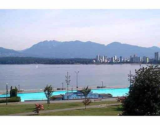 "Main Photo: PH 2368 CORNWALL AV in Vancouver: Kitsilano Condo for sale in ""BEACHVIEW TERRACE"" (Vancouver West)  : MLS®# V560844"