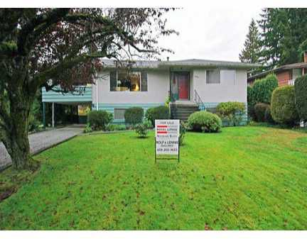 "Main Photo: 3909 SEFTON Street in Port Coquitlam: Oxford Heights House for sale in ""OXFORD HEIGHTS"" : MLS®# V618435"