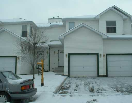 Main Photo:  in CALGARY: Sandstone Townhouse for sale (Calgary)  : MLS®# C3201510