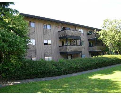 """Main Photo: 114 200 WESTHILL PL in Port Moody: College Park PM Condo for sale in """"WESTHILL"""" : MLS®# V598803"""