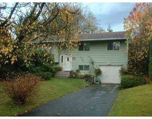 Main Photo: 11624 FRASERVIEW Street in Maple Ridge: Southwest Maple Ridge House for sale : MLS®# V565145