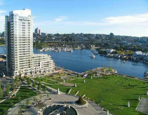 """Main Photo: 2006 583 BEACH CR in Vancouver: False Creek North Condo for sale in """"PARKWEST II"""" (Vancouver West)  : MLS®# V579426"""