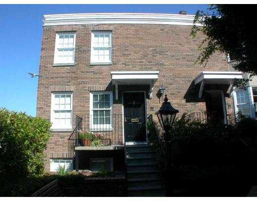 """Main Photo: 1357 W 7TH AV in Vancouver: Fairview VW Townhouse for sale in """"WEMSLEY MEWS"""" (Vancouver West)  : MLS®# V553382"""