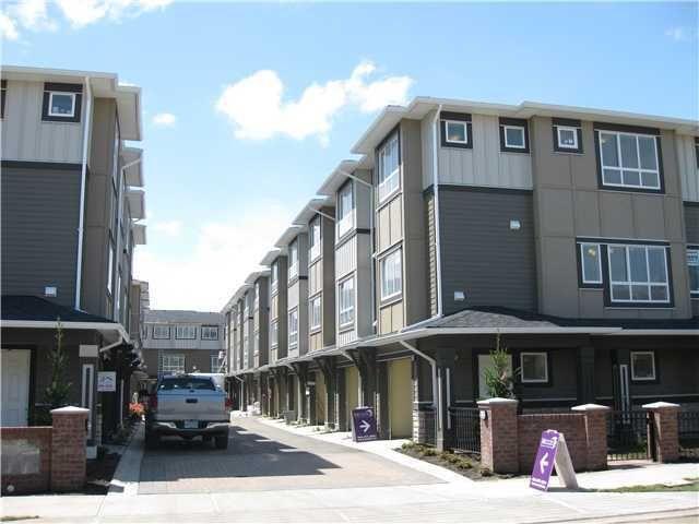 "Main Photo: 17 7373 Turnill Street in Richmond: Garden City Townhouse for sale in ""Mezzo"" : MLS®# V840263"