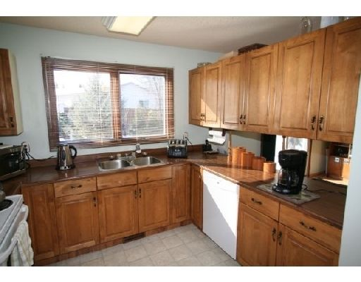 Main Photo: 573 CHALFONT RD in WINNIPEG: Charleswood Residential for sale (West Winnipeg)  : MLS®# 2903027