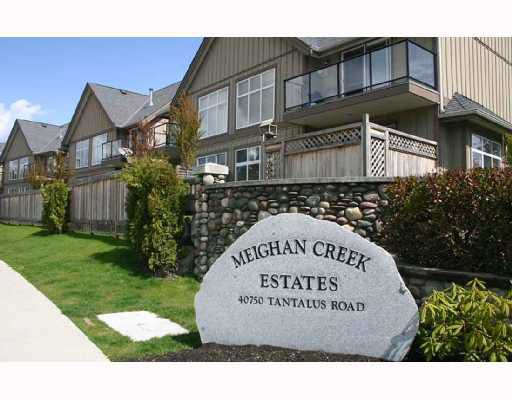 "Main Photo: 33 40750 TANTALUS Road in Squamish: Garibaldi Estates Townhouse for sale in ""MEIGHAN CREEK"" : MLS®# V692110"
