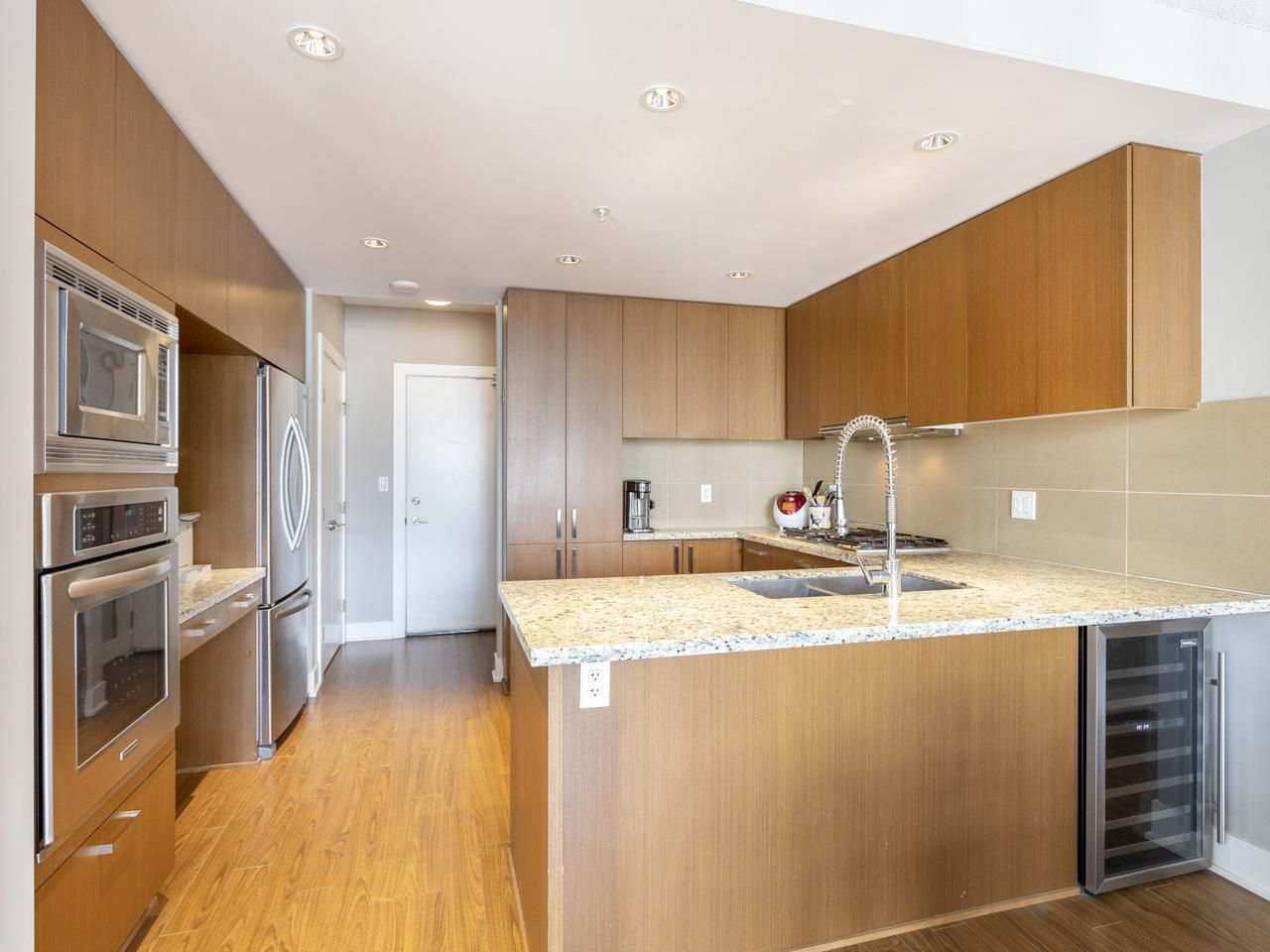 """Main Photo: 2706 1155 THE HIGH Street in Coquitlam: North Coquitlam Condo for sale in """"M ONE"""" : MLS®# R2388441"""