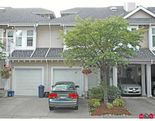 "Main Photo: 28 9036 208TH Street in Langley: Walnut Grove Townhouse for sale in ""HUNTERS GLEN"" : MLS®# F2720005"