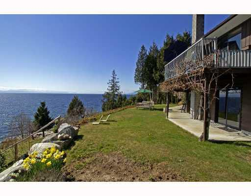 "Photo 4: Photos: 713 GEDDES Road in Gibsons: Roberts Creek House for sale in ""ROBERTS CREEK"" (Sunshine Coast)  : MLS®# V693516"