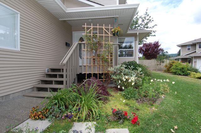 Photo 2: Photos: 3441 HILTON ROAD in DUNCAN: Half Duplex for sale : MLS®# 299876