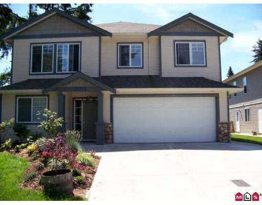 Main Photo: 33392 KIRK Avenue in Abbotsford: Poplar House for sale : MLS®# F2718531