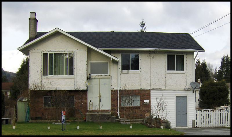 Main Photo: 32053 SANDPIPER Drive in Mission: Mission BC House for sale : MLS®# F2800466