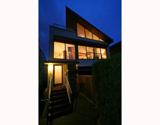 Main Photo: 1419 MAPLE Street in Vancouver: Kitsilano House 1/2 Duplex for sale (Vancouver West)  : MLS®# V795457