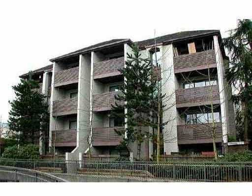 """Main Photo: 404 340 GINGER Drive in New Westminster: Fraserview NW Condo for sale in """"FRASER MEWS"""" : MLS®# V701033"""