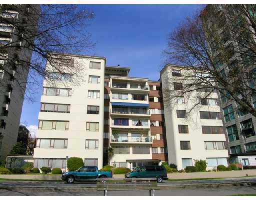 Main Photo: 305 1949 BEACH Avenue in Vancouver: West End VW Condo for sale (Vancouver West)  : MLS®# V796915
