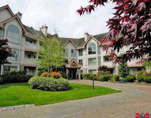 """Main Photo: 114 7161 121ST Street in Surrey: West Newton Condo for sale in """"Highlands"""" : MLS®# F2711967"""