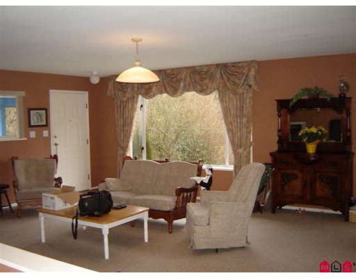 Photo 5: Photos: 34645 DEWDNEY TRUNK Road in Mission: Hatzic House for sale : MLS®# F2800290