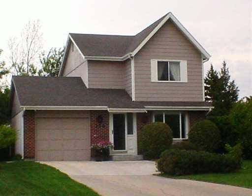 Main Photo: 130 MCGILL Place in WINNIPEG: Fort Garry / Whyte Ridge / St Norbert Single Family Detached for sale (South Winnipeg)  : MLS®# 2708264