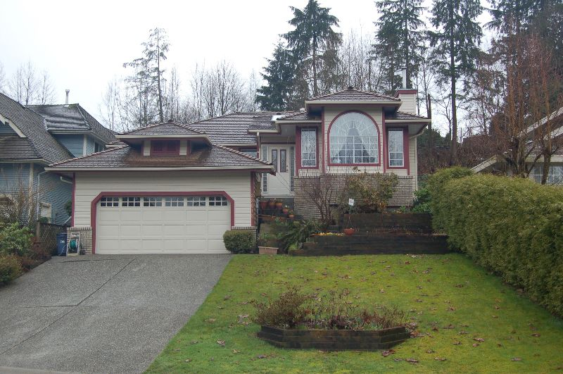 Main Photo: 23618 108 Loop in Maple Ridge: Albion House for sale