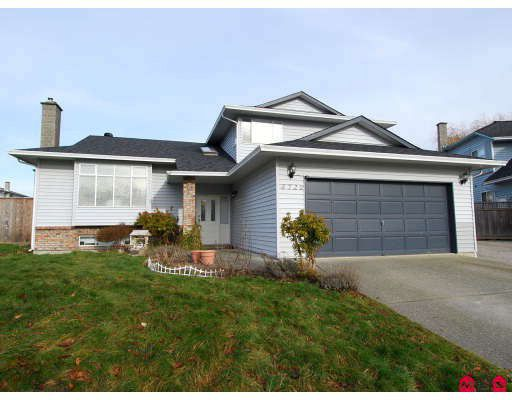 Main Photo: 8720 147A Street in Surrey: Bear Creek Green Timbers House for sale : MLS®# F2802044