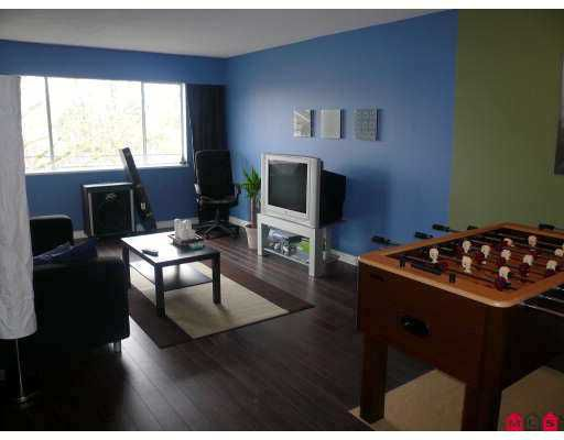"""Main Photo: 11806 88TH Ave in Delta: Annieville Condo for sale in """"SUNGOD VILLA"""" (N. Delta)  : MLS®# F2706923"""