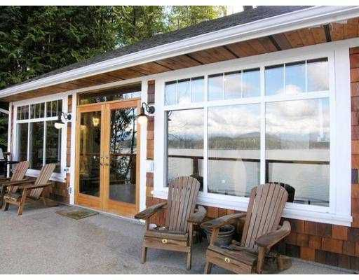 """Main Photo: 1508 TIDEVIEW Road in Gibsons: Gibsons & Area House for sale in """"LANGDALE"""" (Sunshine Coast)  : MLS®# V621776"""