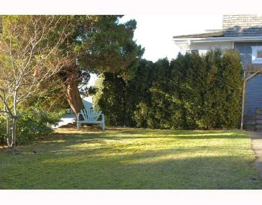 Photo 3: Photos: 432 Lyon Pl in North Vancouver: Central Lonsdale House for sale : MLS®# v684860
